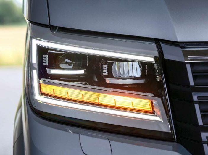 Volkswagen Crafter prova su strada del veicolo commerciale di nuova generazione - Foto 27 di 34