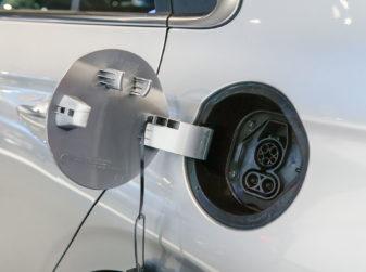 Batteria auto elettrica: quanto dura?