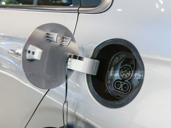 Batteria auto elettrica: quanto dura