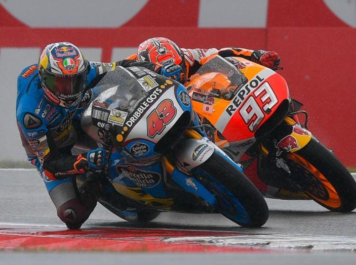 MotoGP 2016, Valencia: pole a Lorenzo, Rossi partirà dalla terza posizione - Foto 2 di 19