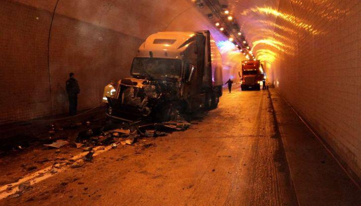 """Roberto Fico annuncia: """"Più fondi per la sicurezza stradale"""" - Foto 4 di 6"""
