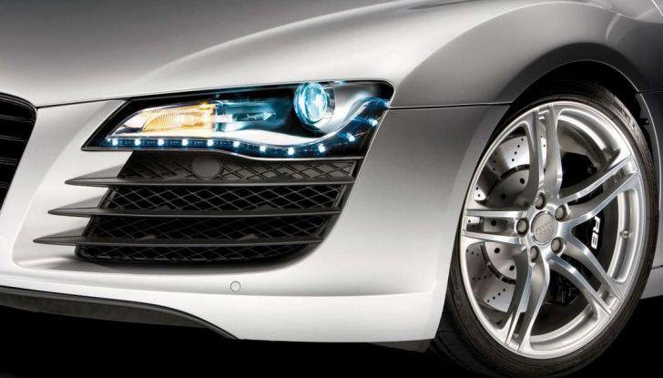 Dai gruppi ottici alle spie: tutte le luci presenti in un'auto - Foto 4 di 8