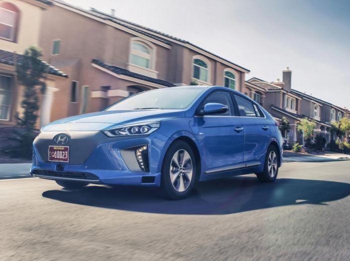 Hyundai Ioniq, guida autonoma.
