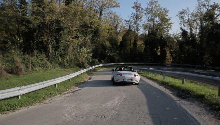 Test Drive Mazda MX-5 1.5 da 131 CV: il divertimento allo scoperto - Foto 9 di 22