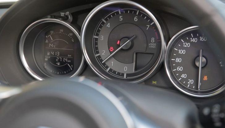 Test Drive Mazda MX-5 1.5 da 131 CV: il divertimento allo scoperto - Foto 19 di 22