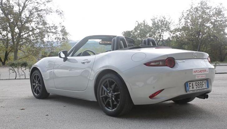 Test Drive Mazda MX-5 1.5 da 131 CV: il divertimento allo scoperto - Foto 8 di 22
