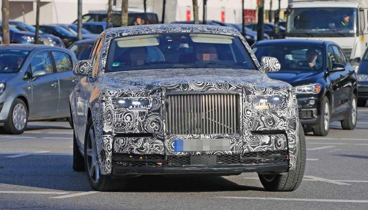 Nuova Rolls Royce Phantom spiata con nuovi dettagli e particolari - Foto 4 di 10