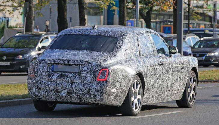 Nuova Rolls Royce Phantom spiata con nuovi dettagli e particolari - Foto 10 di 10