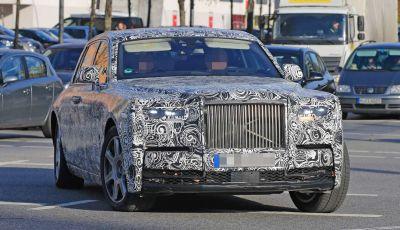 Nuova Rolls Royce Phantom spiata con nuovi dettagli e particolari