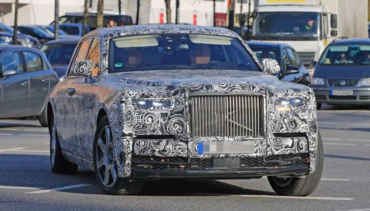 Nuova Rolls Royce Phantom spiata con nuovi dettagli e particolari - Foto 1 di 10