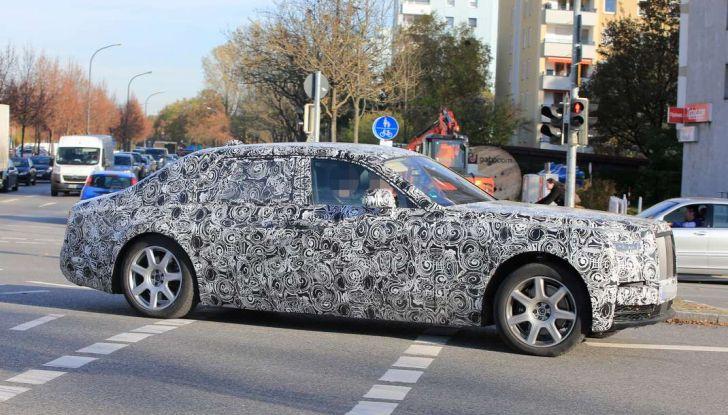 Nuova Rolls Royce Phantom spiata con nuovi dettagli e particolari - Foto 6 di 10