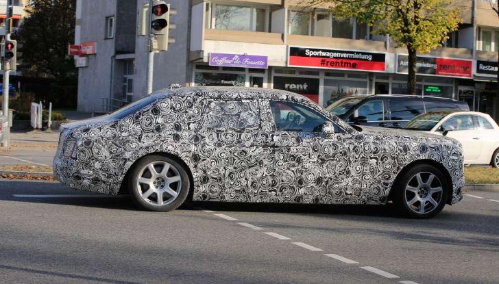 Nuova Rolls Royce Phantom spiata con nuovi dettagli e particolari - Foto 2 di 10