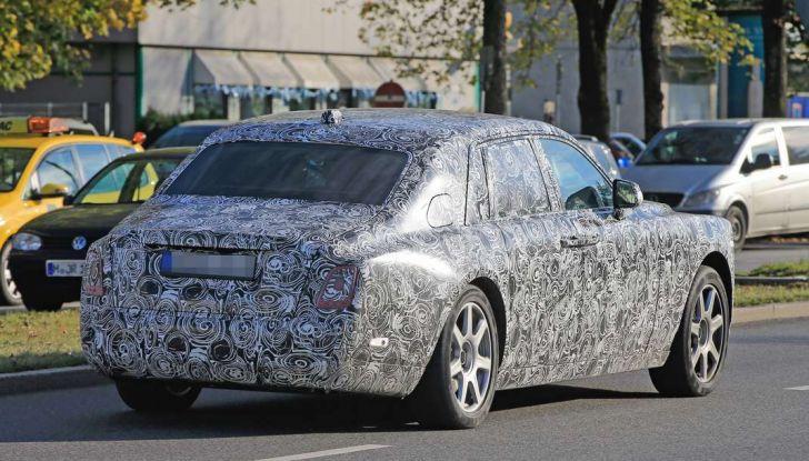 Nuova Rolls Royce Phantom spiata con nuovi dettagli e particolari - Foto 3 di 10