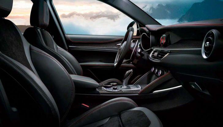 Alfa Romeo Stelvio pick-up, il rendering - Foto 12 di 25