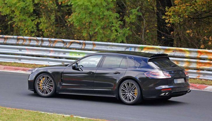 Porsche Panamera Shooting Brake, le foto spia della versione quasi definitiva - Foto 10 di 13