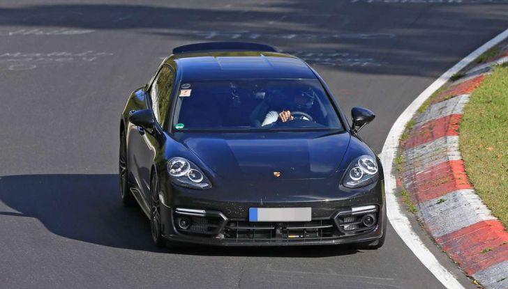 Porsche Panamera Shooting Brake, le foto spia della versione quasi definitiva - Foto 11 di 13