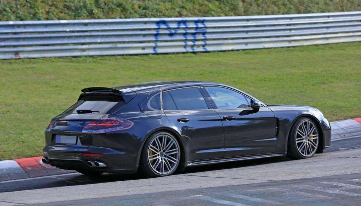 Porsche Panamera Shooting Brake, le foto spia della versione quasi definitiva - Foto 1 di 13
