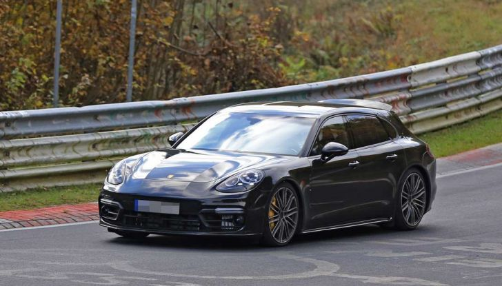 Porsche Panamera Shooting Brake, le foto spia della versione quasi definitiva - Foto 5 di 13