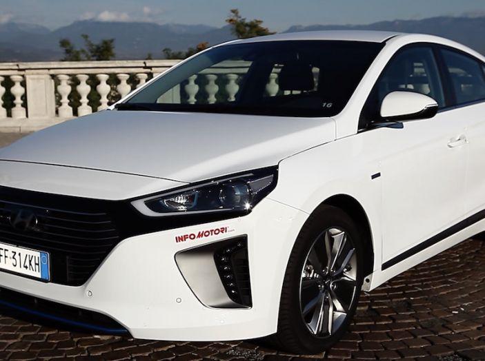 La Hyundai Ioniq promossa ai crash test con 5 stelle Euro NCAP - Foto 2 di 31