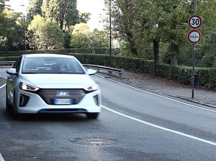 La Hyundai Ioniq promossa ai crash test con 5 stelle Euro NCAP - Foto 3 di 31