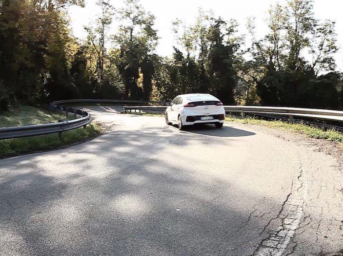 La Hyundai Ioniq promossa ai crash test con 5 stelle Euro NCAP - Foto 9 di 31