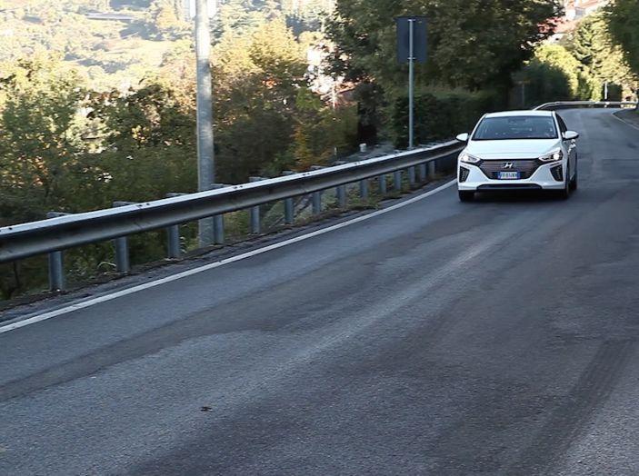 La Hyundai Ioniq promossa ai crash test con 5 stelle Euro NCAP - Foto 15 di 31