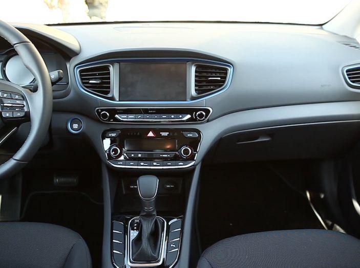 La Hyundai Ioniq promossa ai crash test con 5 stelle Euro NCAP - Foto 23 di 31
