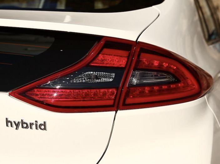 La Hyundai Ioniq promossa ai crash test con 5 stelle Euro NCAP - Foto 27 di 31