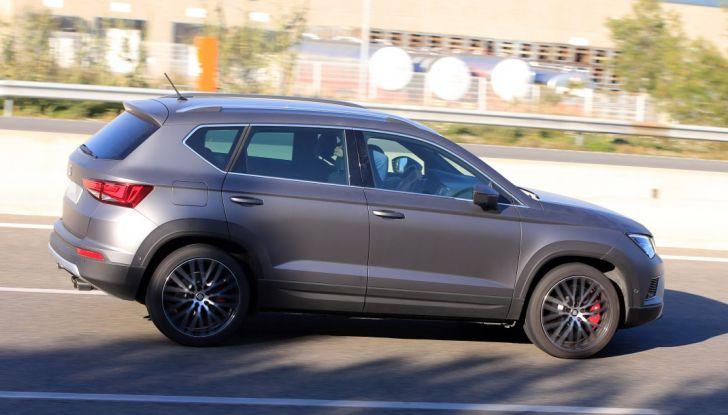 Seat Ateca Cupra, foto spia del SUV sportivo da 290 cavalli - Foto 6 di 10