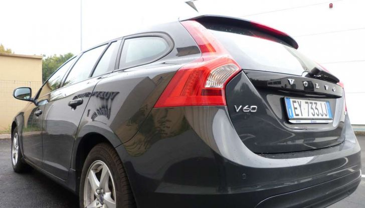 Prova su strada Volvo V60: l'usato garantito Volvo Selekt - Foto 10 di 29