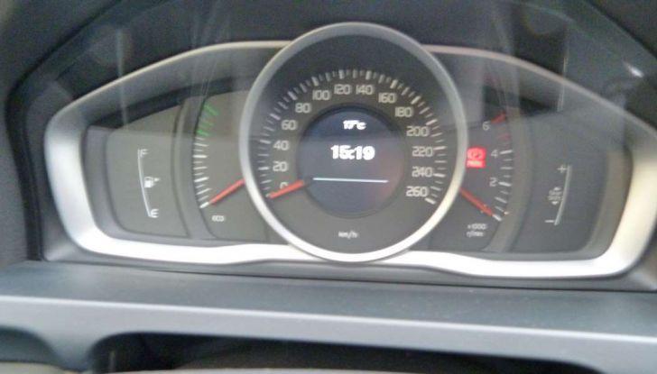 Prova su strada Volvo V60: l'usato garantito Volvo Selekt - Foto 28 di 29