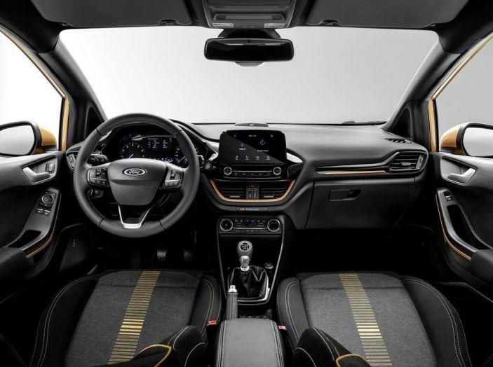 Ford Fiesta 2017, nuova generazione, interno.