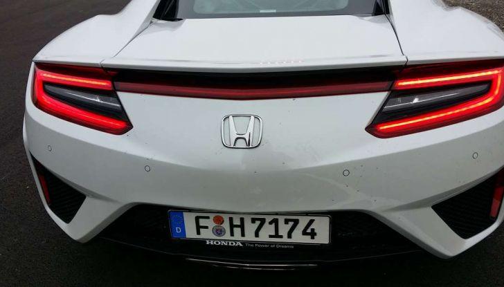 Nuova Honda NSX 2017, posteriore.