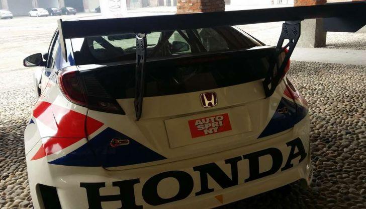 Spoiler Honda.