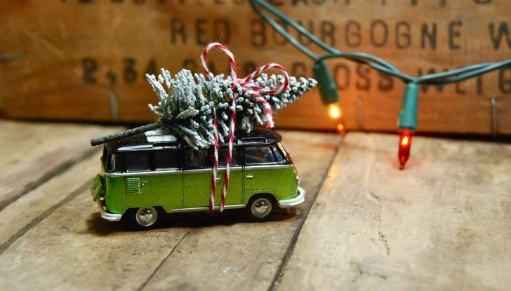 Come trasportare l'albero di Natale in auto senza incorrere in sanzioni - Foto 9 di 9