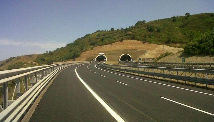Le strade peggiori d'Italia nel 2018, A24 in testa precede Marghera  e Reggio Calabria - Foto 12 di 18