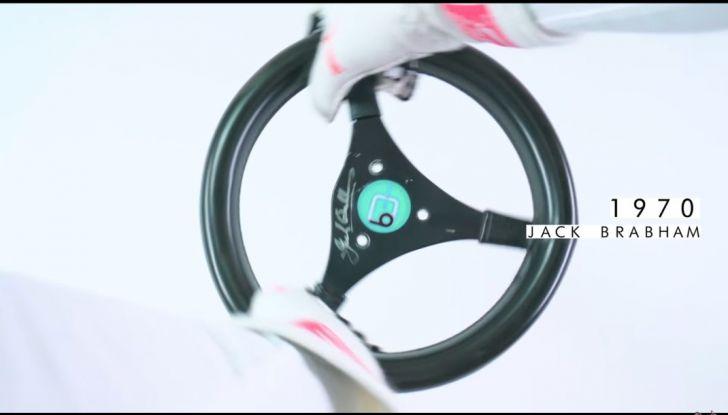 L'evoluzione del volante da Formula 1 raccontato in un video spettacolare - Foto 20 di 49