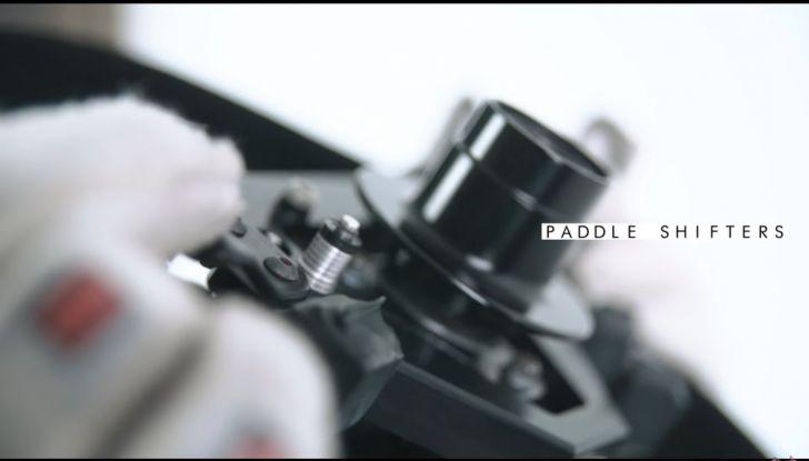 L'evoluzione del volante da Formula 1 raccontato in un video spettacolare - Foto 33 di 49