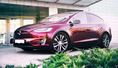 Tesla Model X P90D, l'auto elettrica secondo Vilner