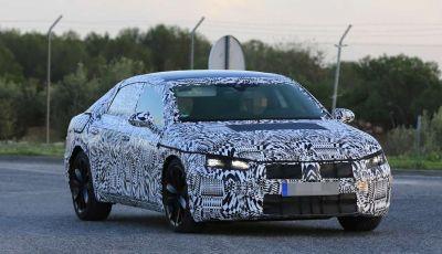Volkswagen Arteon, prime foto spia dell'erede della VW CC