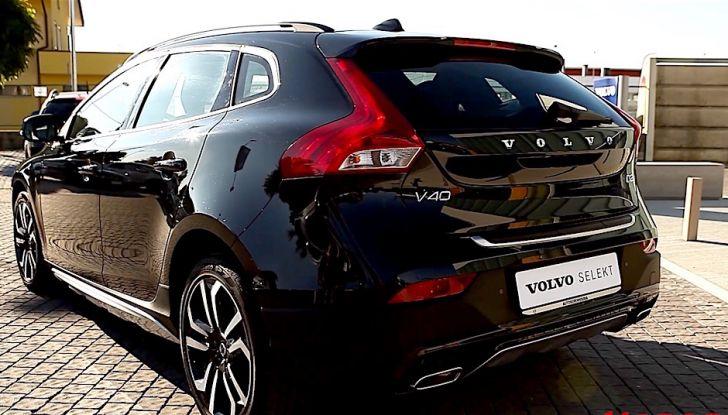 Prova su strada Volvo V40 Cross Country 2016 D2 con Volvo Selekt - Foto 21 di 22