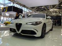 Alfa Romeo Giulia: arriva il 4 cilindri da 350 CV