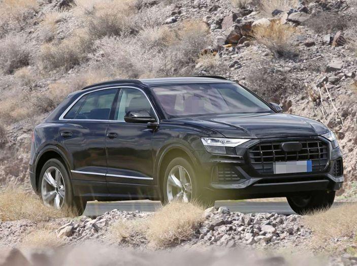 Audi Q8 2018, nuove foto spia del SUV tedesco - Foto 2 di 22