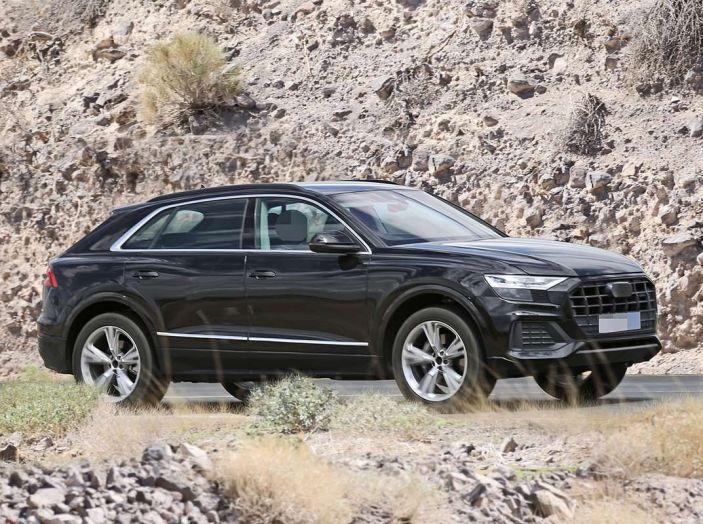 Audi Q8 2018, nuove foto spia del SUV tedesco - Foto 1 di 22