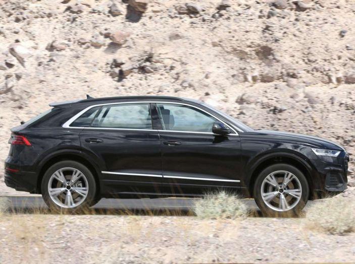 Audi Q8 2018, nuove foto spia del SUV tedesco - Foto 3 di 22