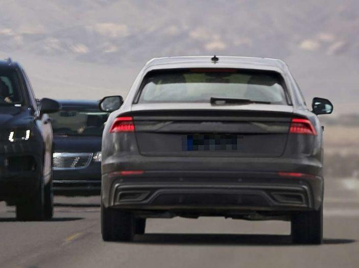 Audi Q8 2018, nuove foto spia del SUV tedesco - Foto 22 di 22
