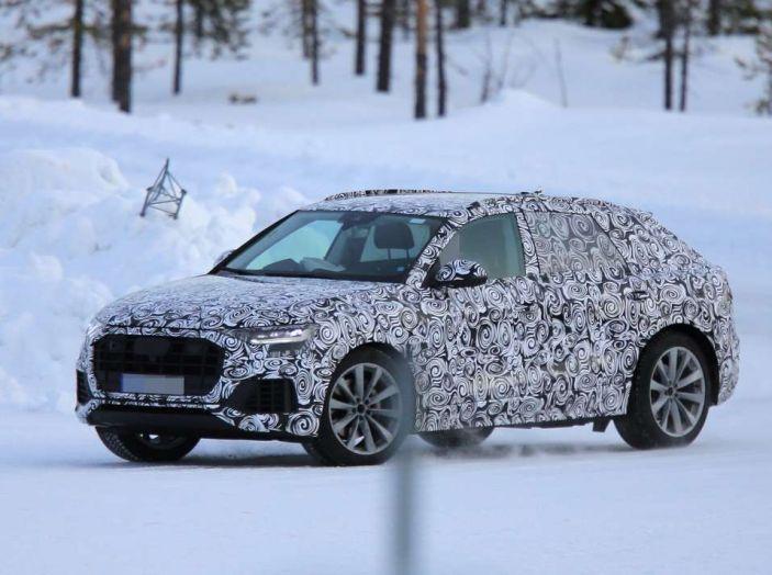Audi Q8, prime foto spia del SUV 2018