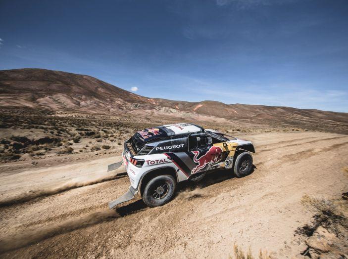 La Peugeot 3008DKR vittoriosa in una quarta tappa complicata - Foto 2 di 5