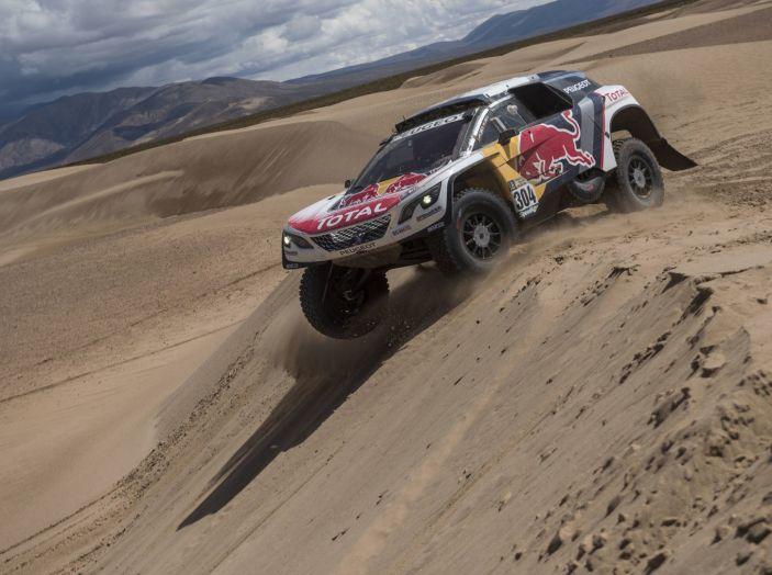 Carlos Sainz si ritira dalla Dakar 2017 - Foto 3 di 3
