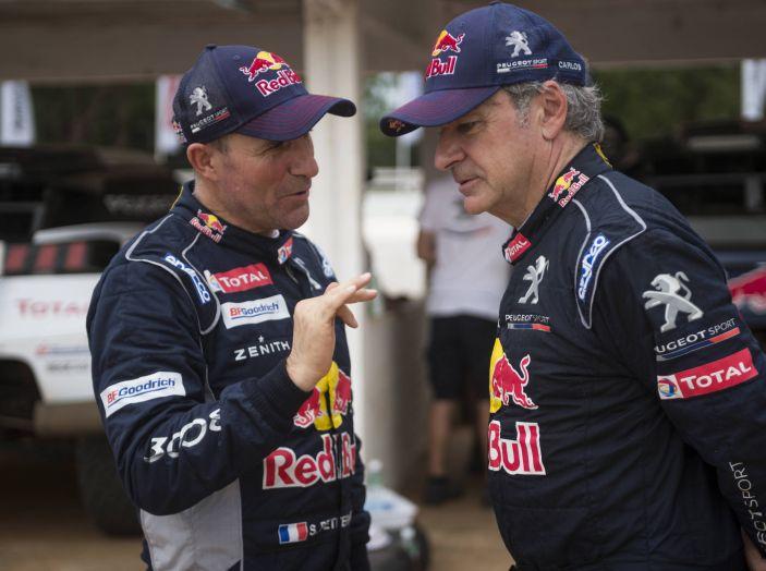 Intervista a Carlos Sainz, dopo l'abbandono della Dakar 2017 - Foto 4 di 5